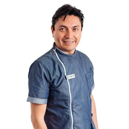 Dr. Mario Caicedo