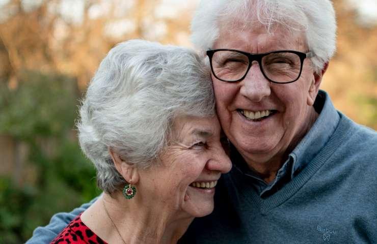 ¿Cómo debe ser la higiene bucal en las personas mayores?